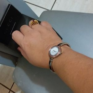 Authentic Rare Luxurious Watch Gucci bangle watch